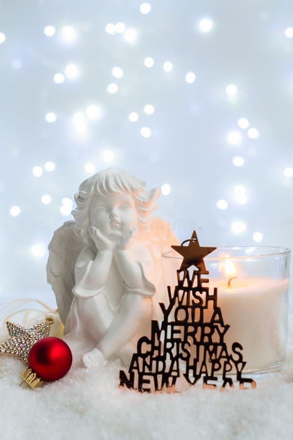 Άσπρα Χριστούγεννα με το χιόνι στοκ φωτογραφία