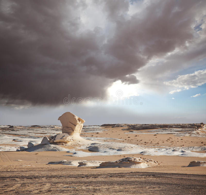 Άσπρη έρημος στην Αίγυπτο στοκ εικόνες