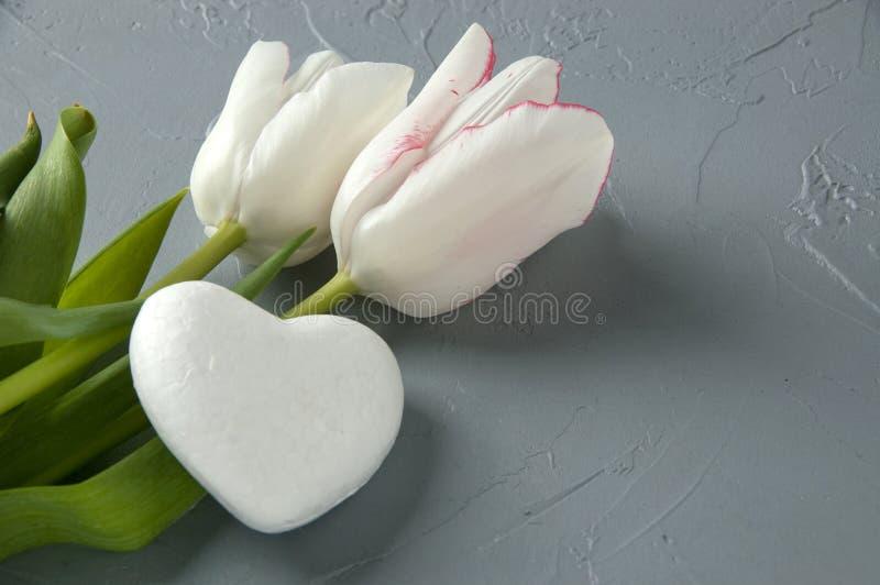 Άσπρη καρδιά στοκ εικόνες με δικαίωμα ελεύθερης χρήσης