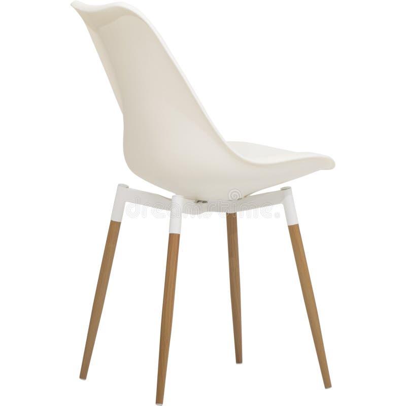 Άσπρη να δειπνήσει άνεσης καρέκλα, δευτερεύουσα έδρα ινών - ξύλινη βάση, να δειπνήσει άσπρο κοχύλι κρέμας εδρών, ματ λουστραρισμέ στοκ φωτογραφία