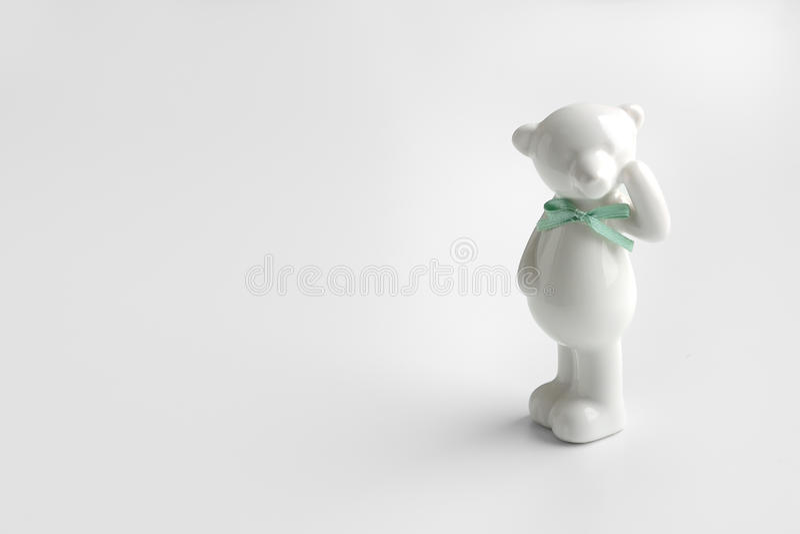 Άσπρος κεραμικός αντέχει στοκ φωτογραφίες με δικαίωμα ελεύθερης χρήσης