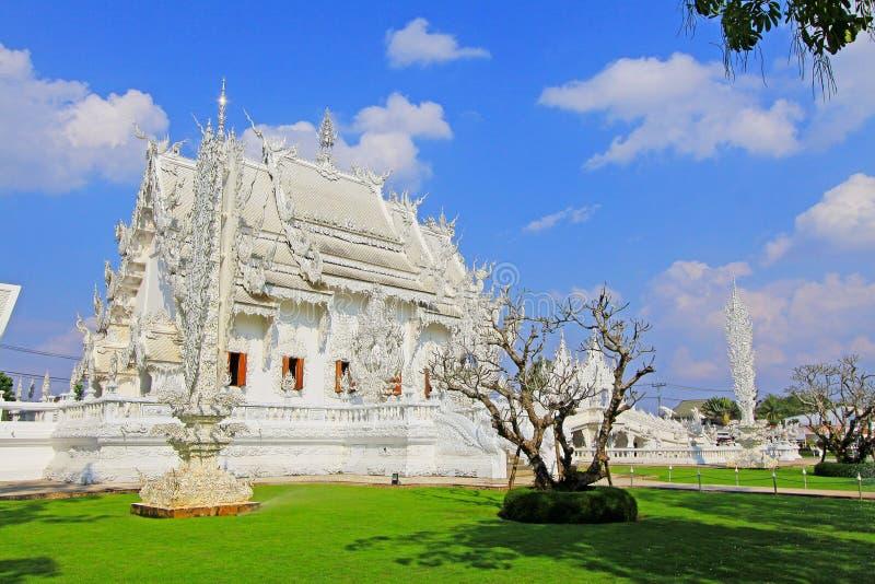 Άσπρος ναός Rong Khun Wat, Chiang Rai, Ταϊλάνδη στοκ φωτογραφία με δικαίωμα ελεύθερης χρήσης