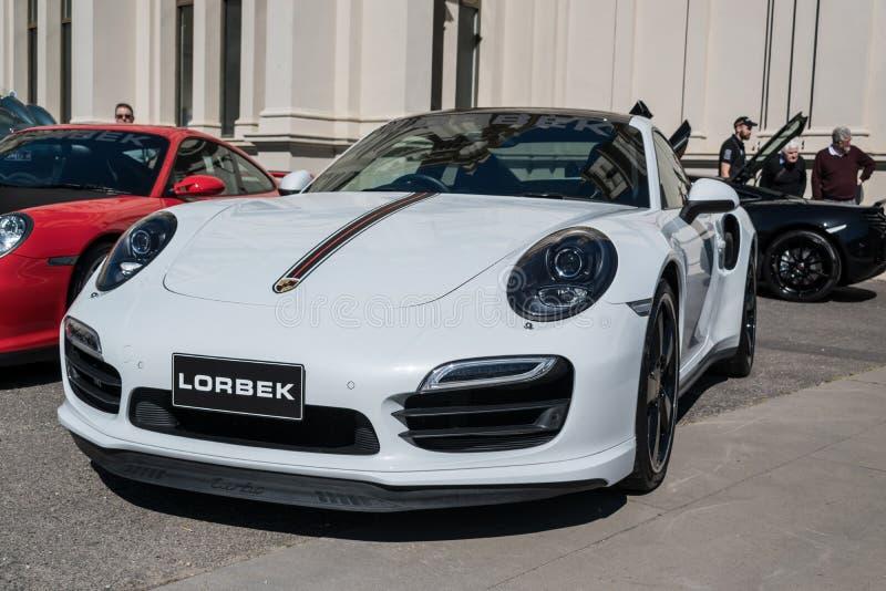 Άσπρο αυτοκίνητο της Porsche σε Motorclassica στοκ εικόνα