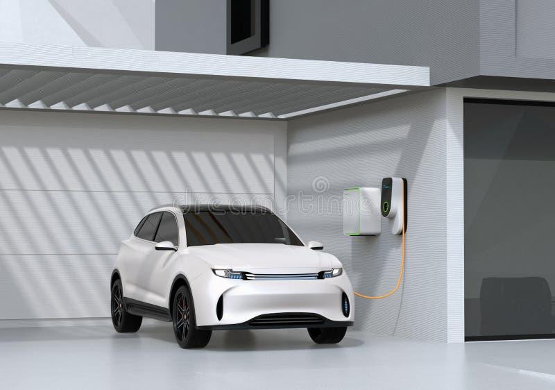 Άσπρο ηλεκτρικό τροφοδοτημένο SUV που επαναφορτίζει στο γκαράζ απεικόνιση αποθεμάτων