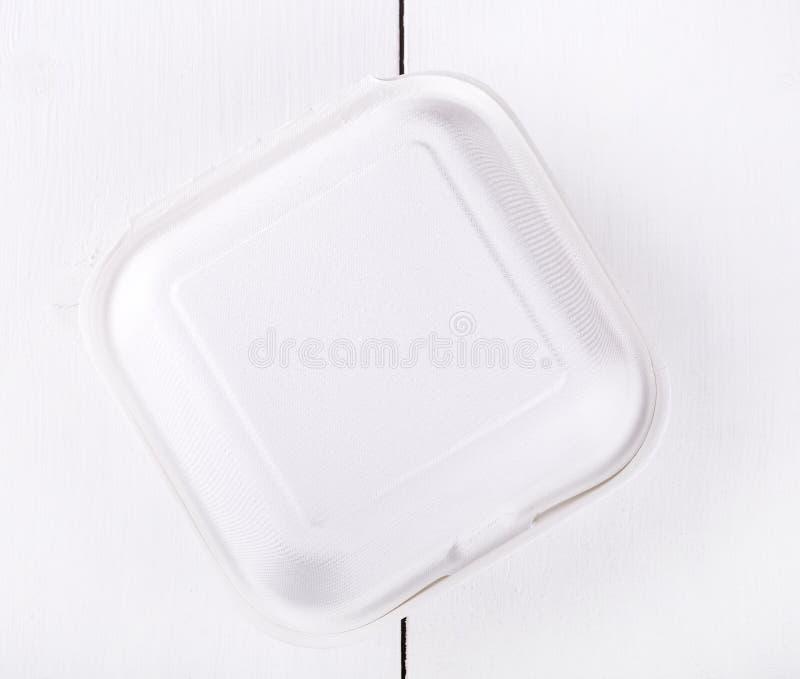 Άσπρο κιβώτιο τροφίμων, που συσκευάζει για το χάμπουργκερ, μεσημεριανό γεύμα στοκ εικόνα
