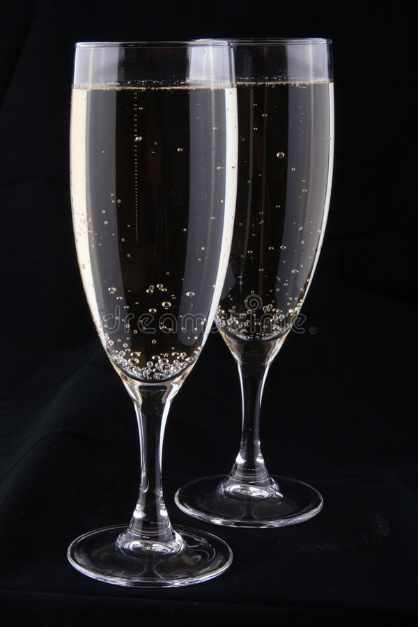 άσπρο κρασί γυαλιών στοκ εικόνα με δικαίωμα ελεύθερης χρήσης