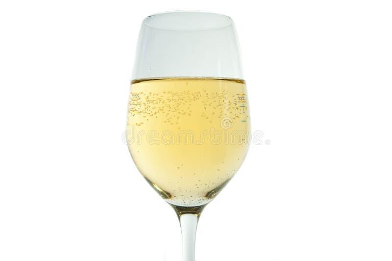 Άσπρο κρασί στο γυαλί με τις αιχμηρές φυσαλίδες στοκ φωτογραφίες με δικαίωμα ελεύθερης χρήσης