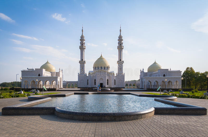 Άσπρο μουσουλμανικό τέμενος Bolgar στοκ φωτογραφία με δικαίωμα ελεύθερης χρήσης
