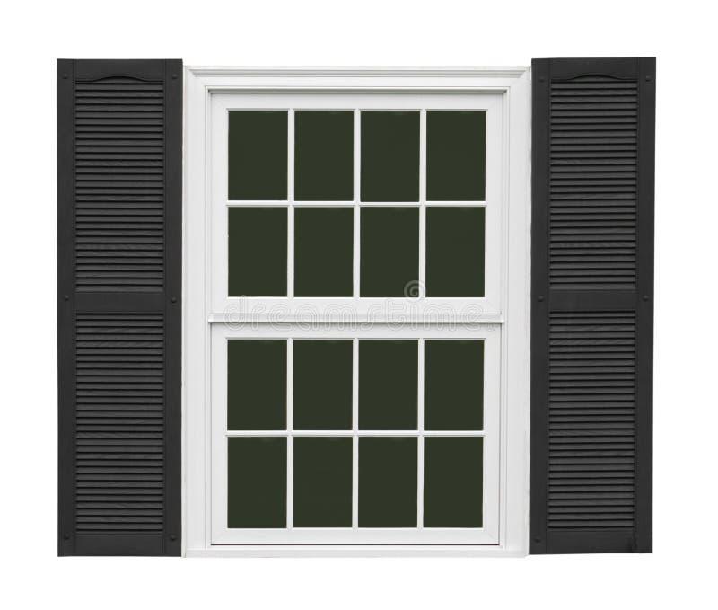 Άσπρο παράθυρο τα μαύρα παραθυρόφυλλα που απομονώνονται με στοκ εικόνες με δικαίωμα ελεύθερης χρήσης
