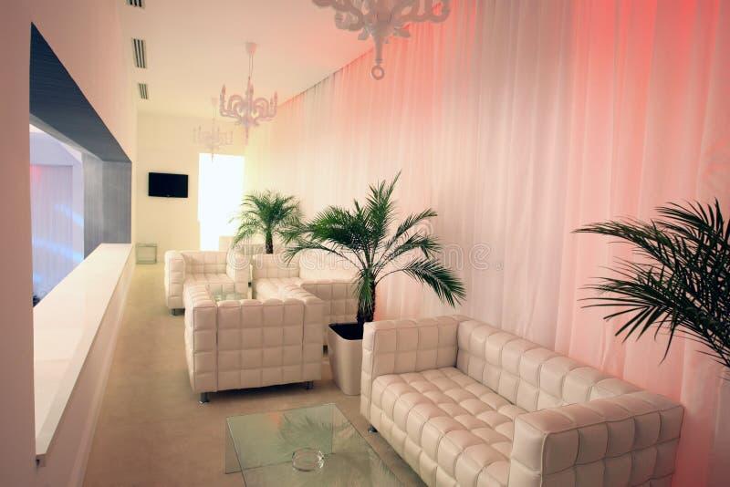 Άσπρο σαλόνι στοκ εικόνα