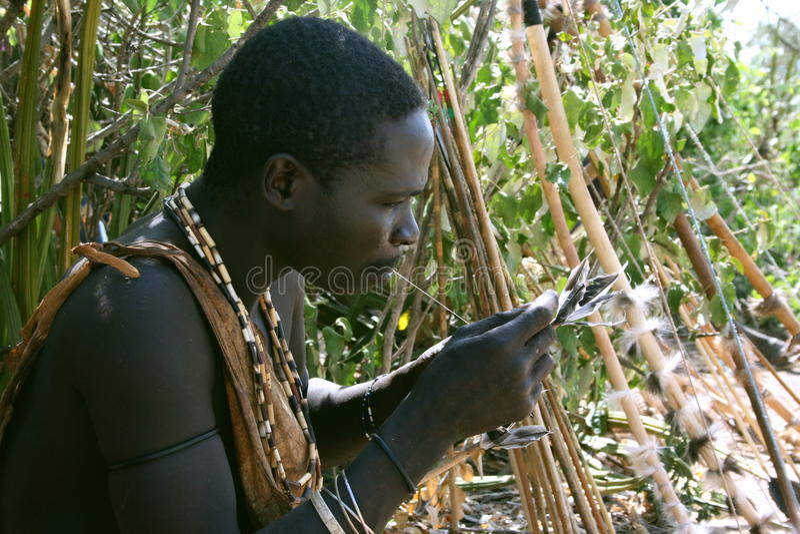 άτομα της Αφρικής hadzabe tanzaniaportrait στοκ φωτογραφίες