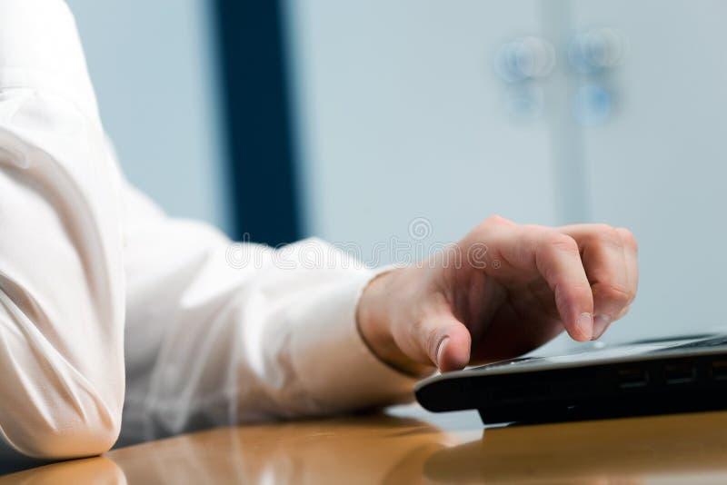 Download άτομα χεριών στοκ εικόνα. εικόνα από αρώματα, εκμετάλλευση - 13182139
