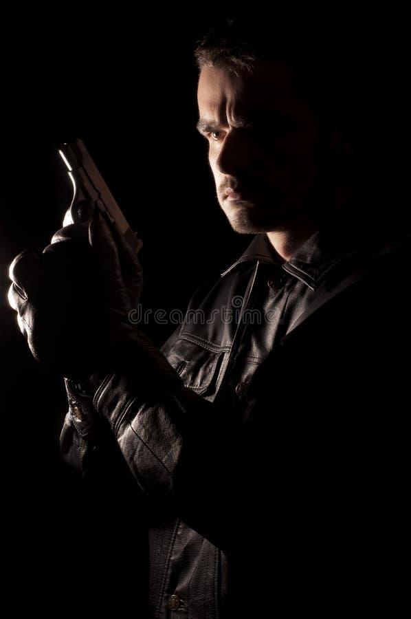Άτομο που κρατά έναν τύπο στοκ εικόνα με δικαίωμα ελεύθερης χρήσης