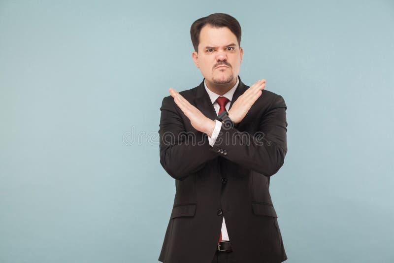 Άτομο που πεταλώνει το σημάδι Χ των χεριών κακό σημάδι στοκ φωτογραφία με δικαίωμα ελεύθερης χρήσης