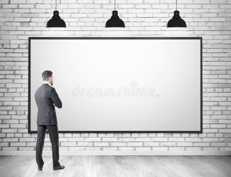 Άτομο στο κοστούμι και το κενό whiteboard διανυσματική απεικόνιση