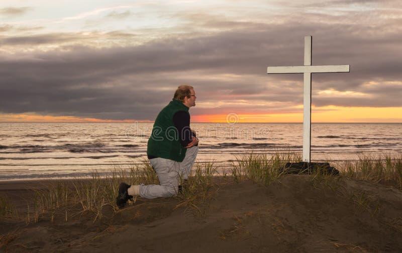 Άτομο στο σταυρό στοκ φωτογραφίες με δικαίωμα ελεύθερης χρήσης