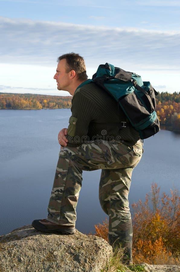 Άτομο στο ταξίδι στοκ εικόνα με δικαίωμα ελεύθερης χρήσης