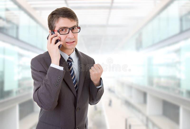 Άτομο στο τηλέφωνο στοκ φωτογραφίες με δικαίωμα ελεύθερης χρήσης