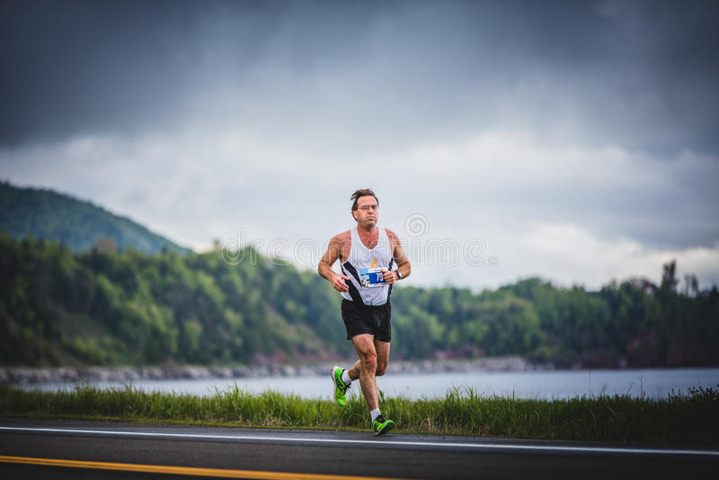 Άτομο Marathoner σε περίπου 7km της απόστασης στοκ φωτογραφίες με δικαίωμα ελεύθερης χρήσης