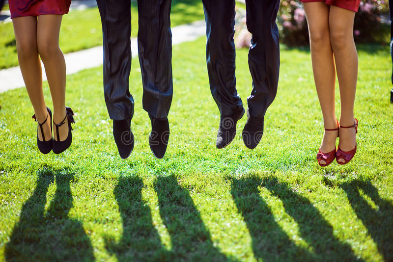 Άλμα γαμήλιων μαρτύρων στοκ φωτογραφία