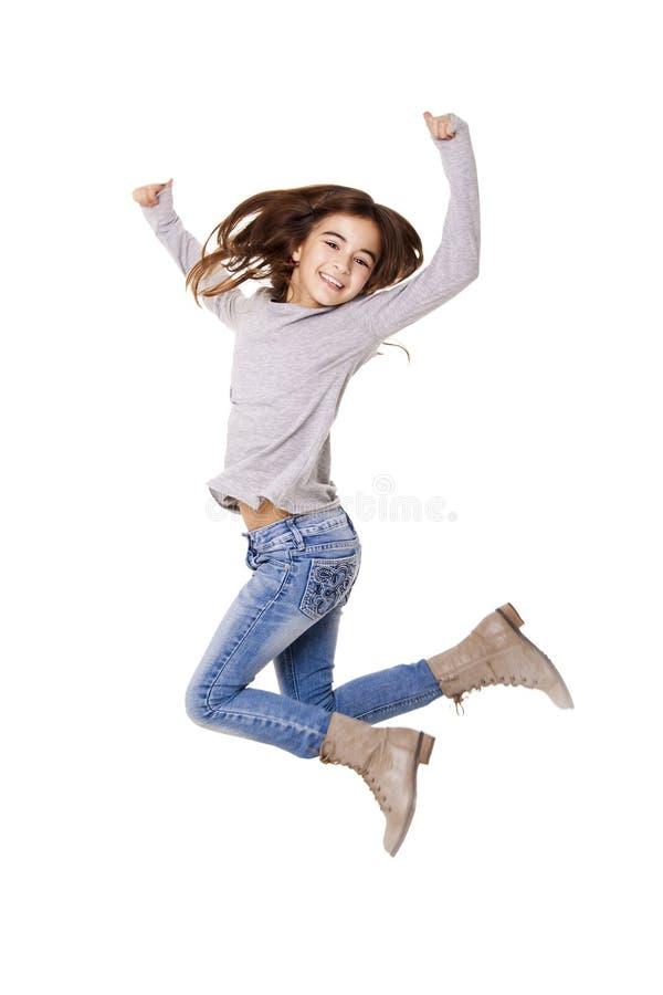 Άλμα μικρών κοριτσιών στοκ φωτογραφία με δικαίωμα ελεύθερης χρήσης