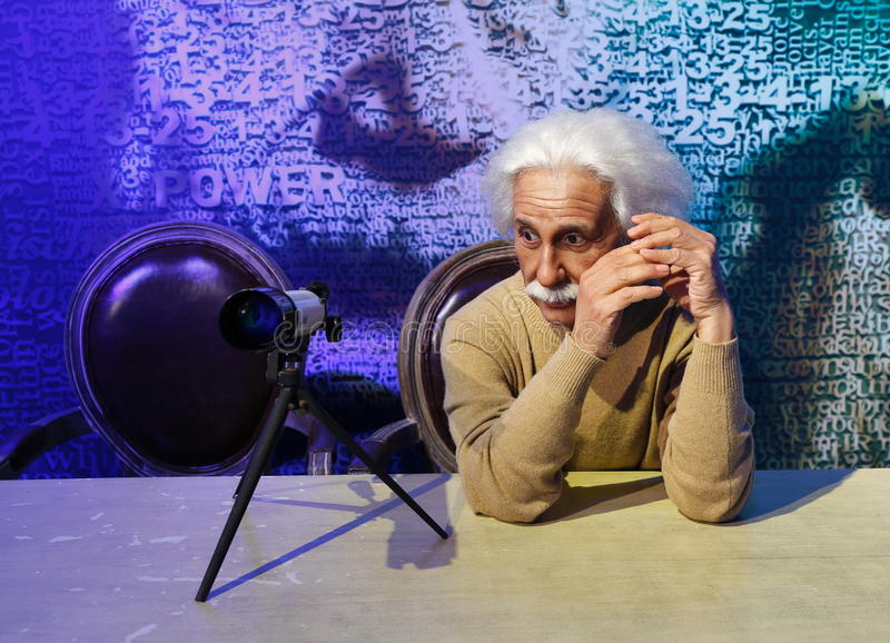 Άλμπερτ Αϊνστάιν, άγαλμα κεριών, αριθμός κεριών, κηροπλαστική στοκ φωτογραφίες