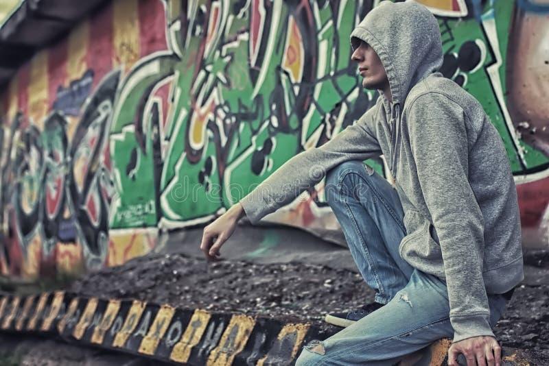Έγκλημα γκράφιτι ατόμων Hoody στοκ φωτογραφία με δικαίωμα ελεύθερης χρήσης