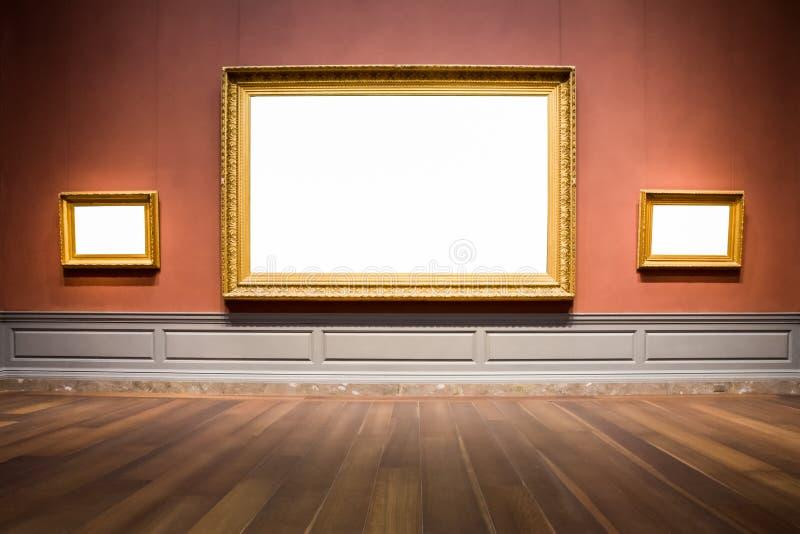 Έκθεμα κενό Whi μουσείων γκαλεριών τέχνης τριών περίκομψο πλαισίων εικόνων στοκ φωτογραφία με δικαίωμα ελεύθερης χρήσης