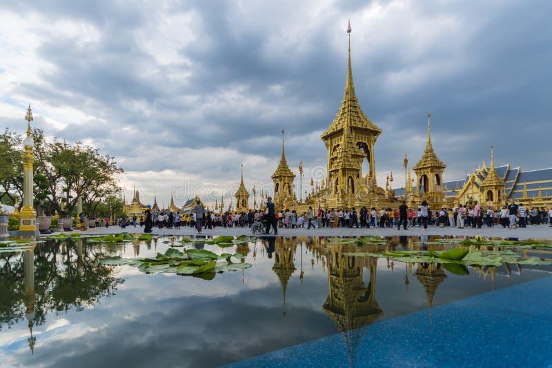 Έκθεση του βασιλιά Rama ΙΧ βασιλικό κρεματόριο στοκ εικόνες