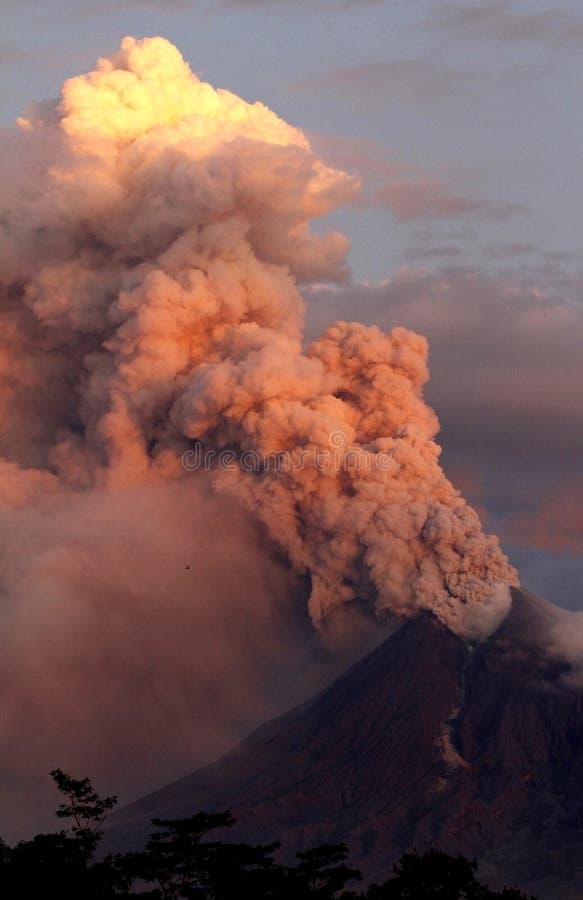 Έκρηξη Merapi στοκ φωτογραφία με δικαίωμα ελεύθερης χρήσης