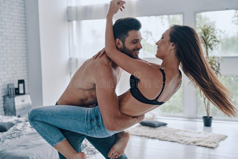Έκφραση της αγάπης με το χορό στοκ εικόνες με δικαίωμα ελεύθερης χρήσης