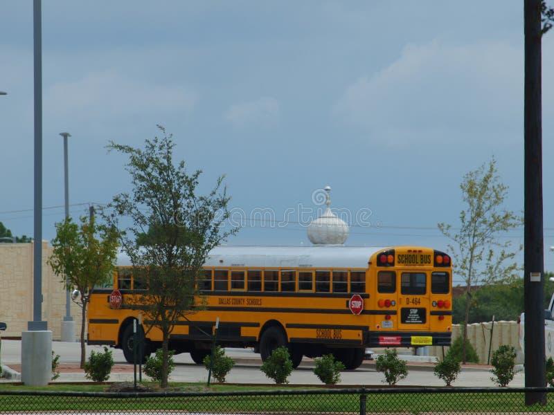 Έλεγχοι σχολικών λεωφορείων μέσα στοκ εικόνες