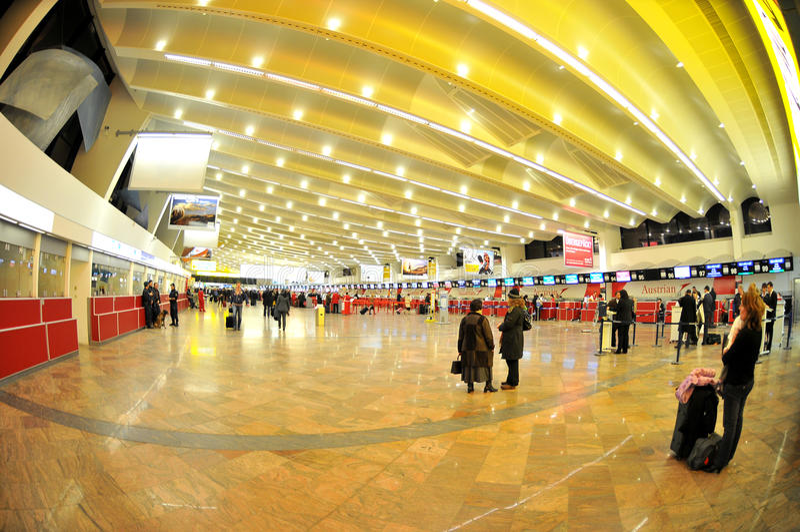 έλεγχος Βιέννη αερολιμέν&o στοκ φωτογραφίες με δικαίωμα ελεύθερης χρήσης