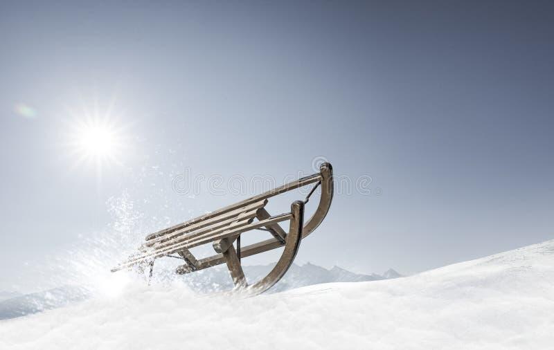 Έλκηθρο στο χιόνι στοκ εικόνες με δικαίωμα ελεύθερης χρήσης