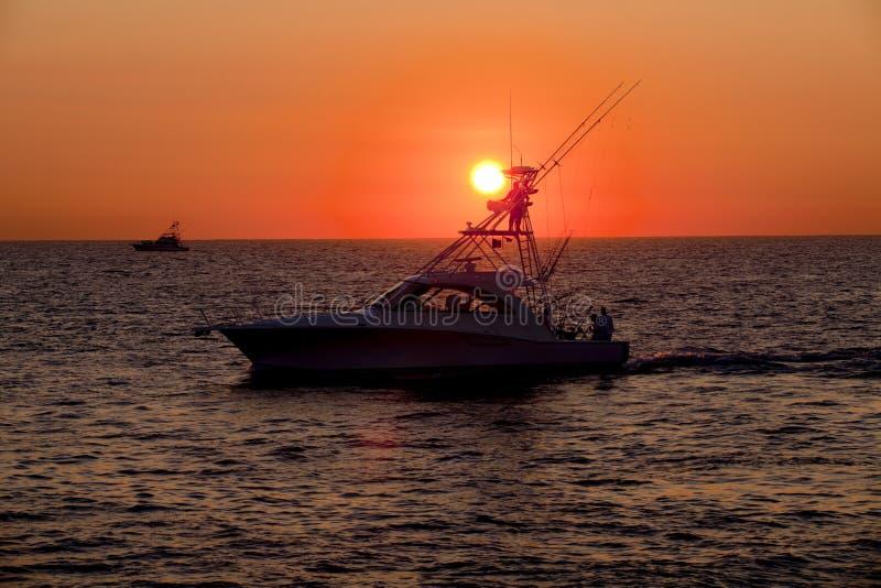 έναρξη νωρίς αλιείας στοκ εικόνες