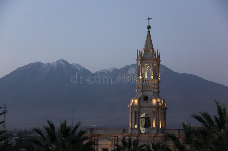 Ένας από τους πύργους κουδουνιών Arequipa στοκ εικόνες