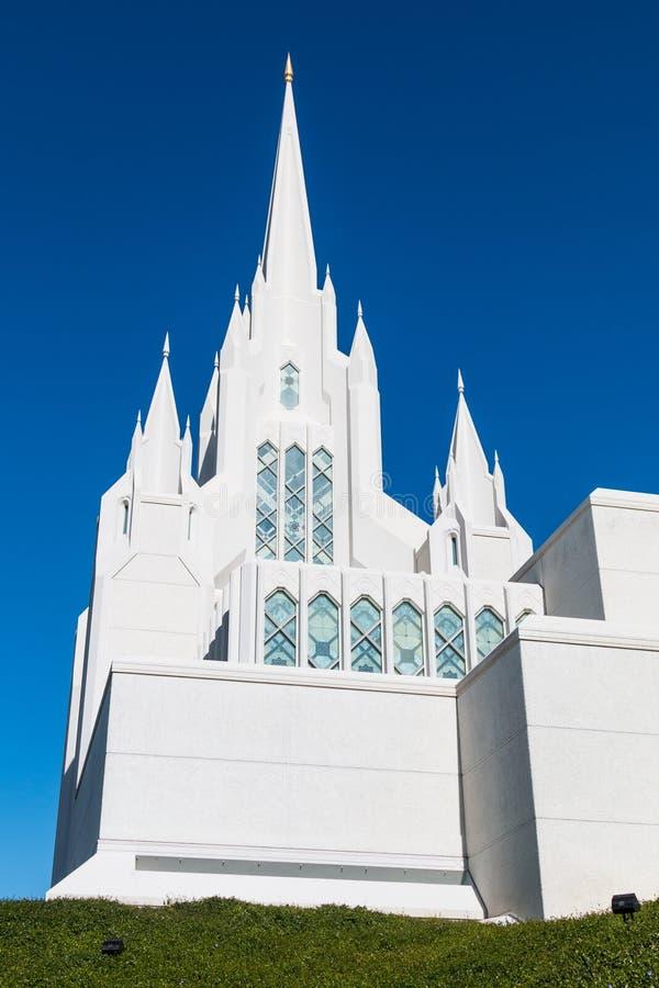 Ένας από τους πύργους του των Μορμόνων ναού του Σαν Ντιέγκο LDS στοκ φωτογραφίες