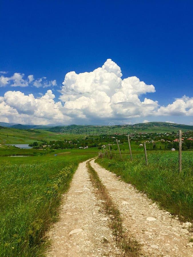 Ένας δρόμος στα σύννεφα στοκ εικόνα