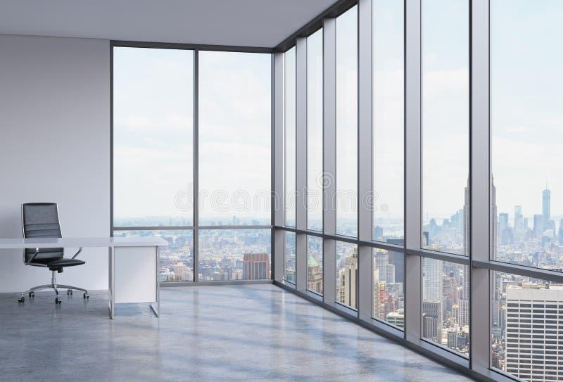 Ένας εργασιακός χώρος σε ένα σύγχρονο πανοραμικό γραφείο γωνιών στην πόλη της Νέας Υόρκης απεικόνιση αποθεμάτων