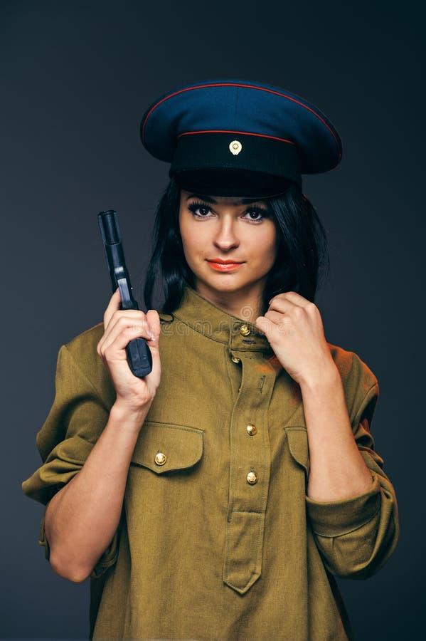 Ένας θηλυκός σοβιετικός στρατιώτης στοκ φωτογραφία