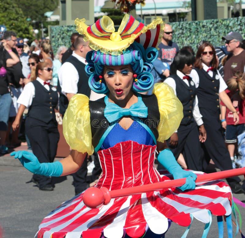 Ένας κοκκινίζοντας εκτελεστής οδών σε Disneyworld στοκ εικόνες