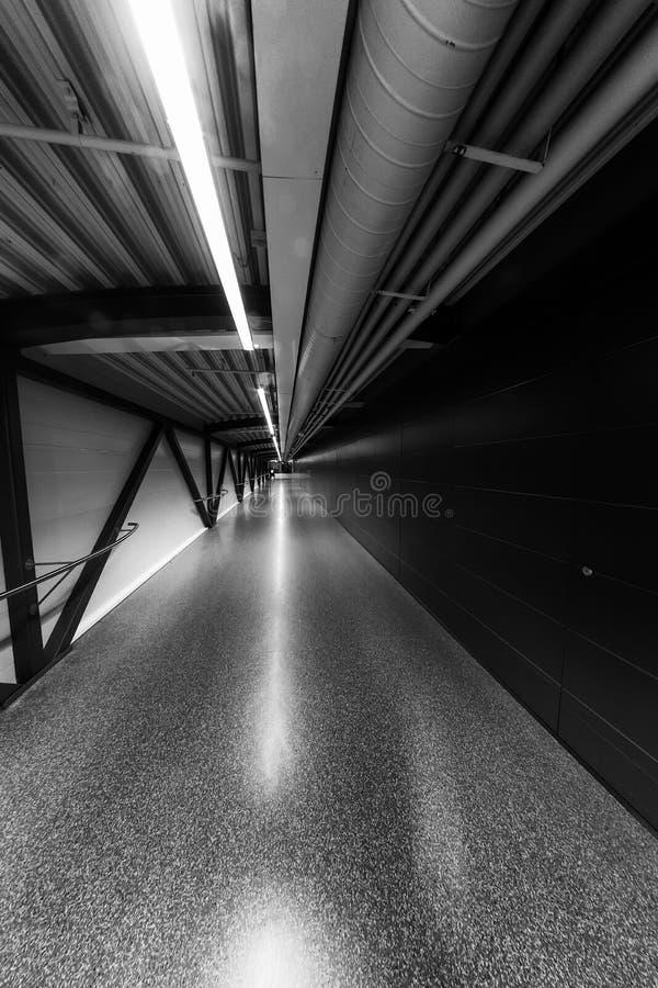 Διάδρομος στον αερολιμένα στοκ φωτογραφία με δικαίωμα ελεύθερης χρήσης