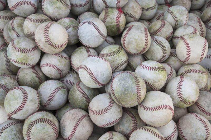 Ένας μεγάλη σωρός ή μια ομάδα baseballs στοκ εικόνες