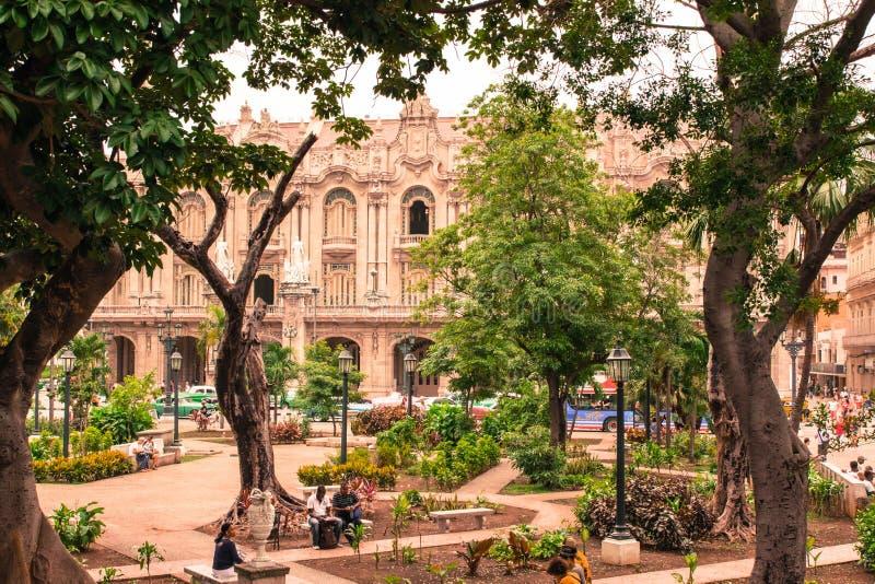 Ένας περίπατος γύρω από την παλαιά Αβάνα στοκ εικόνες με δικαίωμα ελεύθερης χρήσης