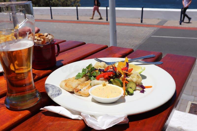 Ένας πολύ καλός μπακαλιάρος για το μεσημεριανό γεύμα στοκ φωτογραφίες