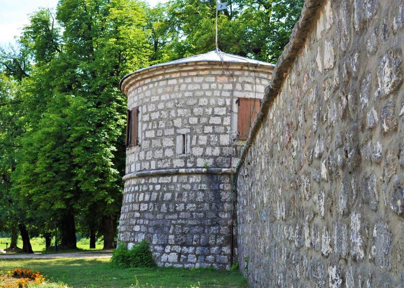 Ένας πύργος και ο τοίχος Biljarda - Cetinje - του Μαυροβουνίου στοκ φωτογραφίες