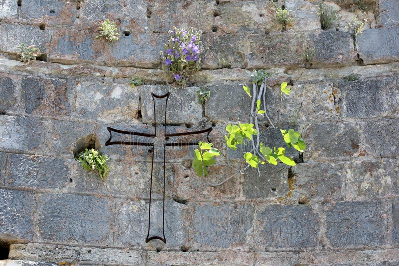 Ένας χριστιανικός σταυρός στον τοίχο πετρών σε Ephesus κοντά σε Selcuk στην Τουρκία στοκ φωτογραφία με δικαίωμα ελεύθερης χρήσης