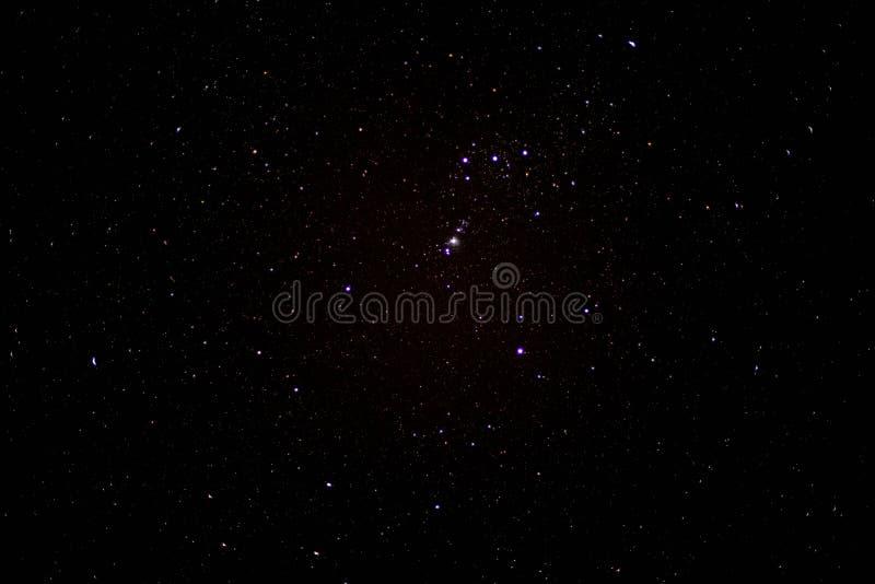 Έναστρος ουρανός τη νύχτα στοκ φωτογραφία