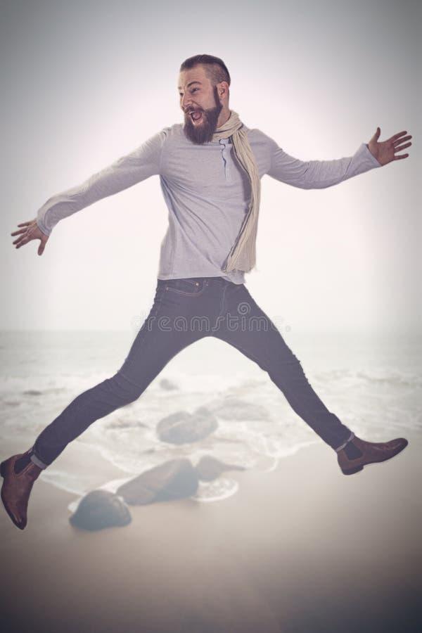 Ένα άτομο κάνει έναν αέρα να πηδήσει στοκ εικόνα με δικαίωμα ελεύθερης χρήσης