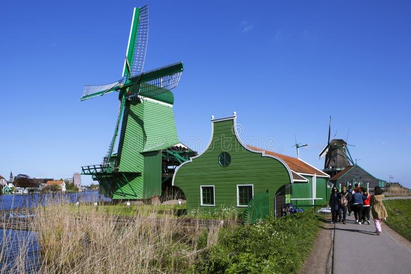 Ένα γραφικό εθνογραφικό χωριό Zanes-Schans netherlands στοκ εικόνες